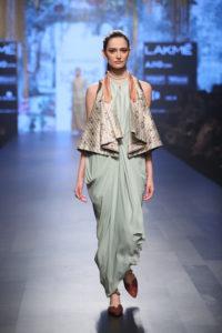 Tarun Tahiliani's Neo blouse